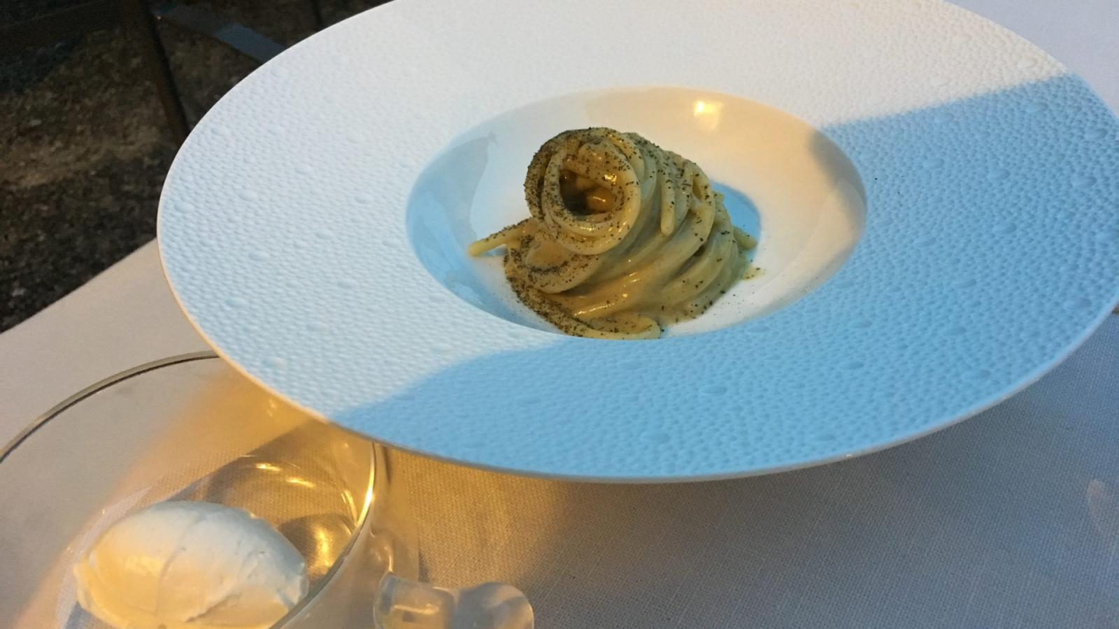 Spaghetto Burro e salvia di Sakalis al Pievano-min