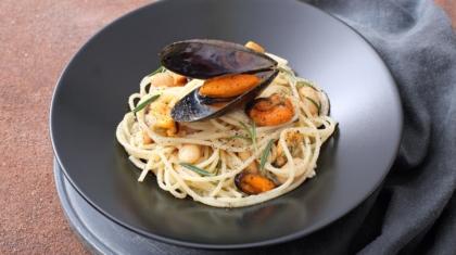spaghetti cozze e fagioli