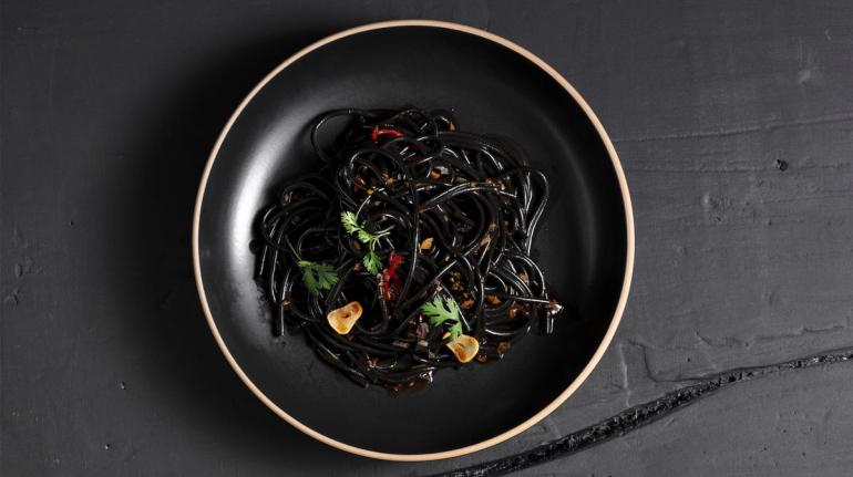 spaghetti al carbone